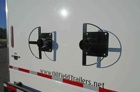 mud logging trailers galley cord hanger